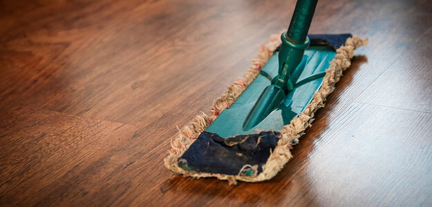 The Financial Dos and Don'ts of Spring Cleaning
