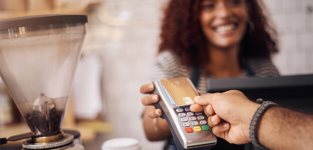 How Do  Contactless Credit Cards Work (and Are They Safe)?