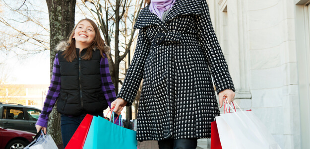 How much should you spend on holiday gifts and other expenses?